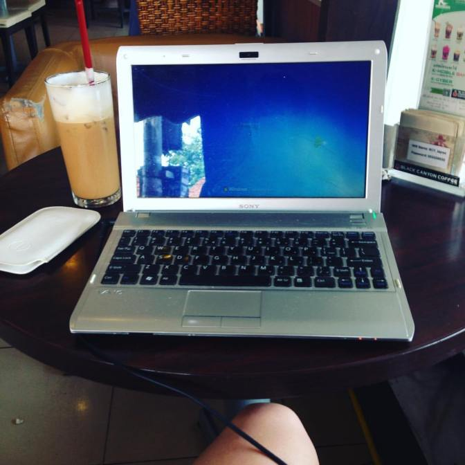 "A ""short"" story of me-the wannabe digital nomad"